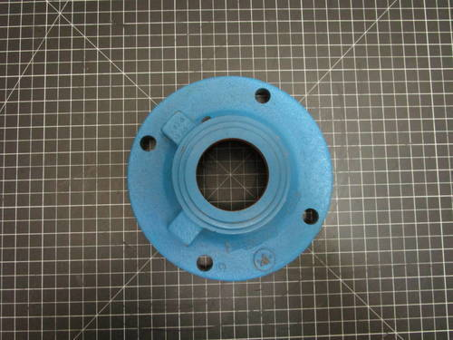Featured image of a Cast Iron Inboard Bearing Cover to fit Allis-Chalmers CW F6D2