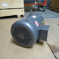 Other image of a Baldor Reliance Frame 215T 5 HP 1155 RPM Electric Motor